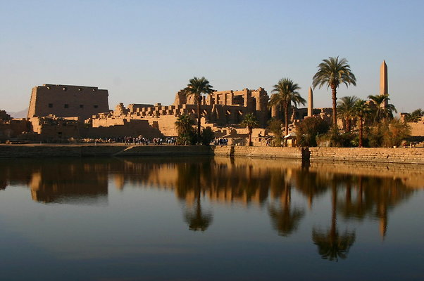 bbbbb.Karnak-Lake
